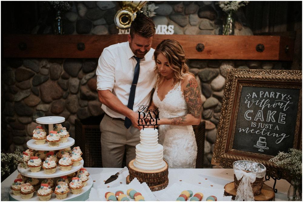 mona-and-matthew-the-kelley-farm-wedding-seattle-washington-wedding-photographer-162.jpg