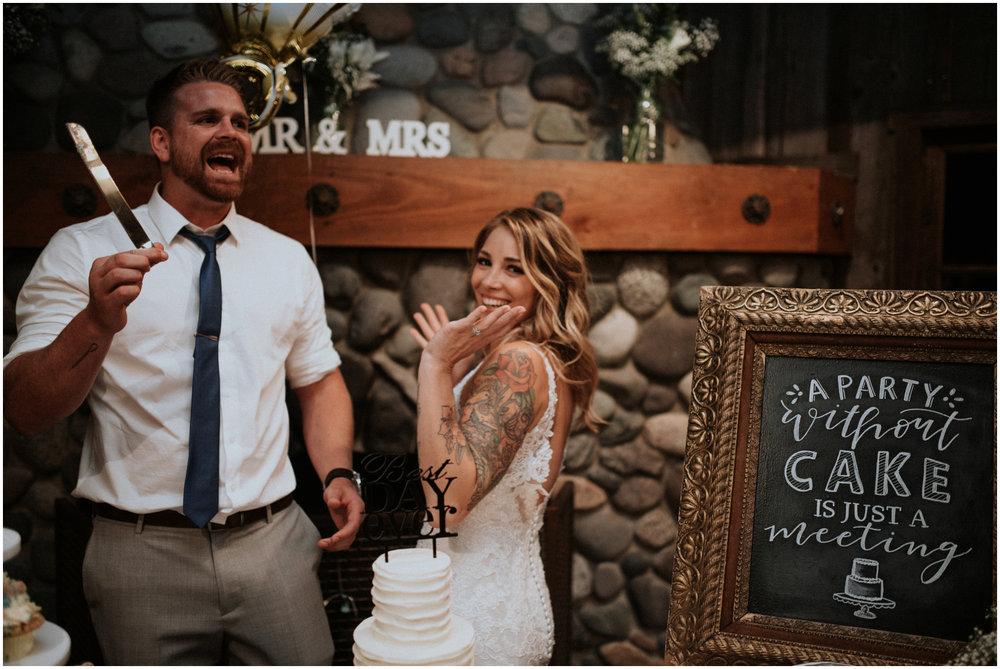 mona-and-matthew-the-kelley-farm-wedding-seattle-washington-wedding-photographer-163.jpg