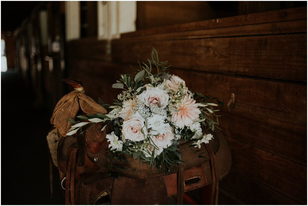 london-trace-rein-fire-ranch-wedding-seattle-wedding-photographer-caitlyn-nikula-photography-6.jpg