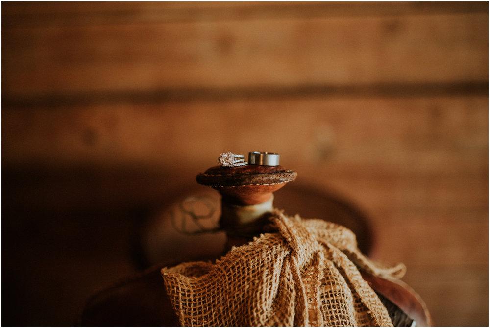 london-trace-rein-fire-ranch-wedding-seattle-wedding-photographer-caitlyn-nikula-photography-7.jpg