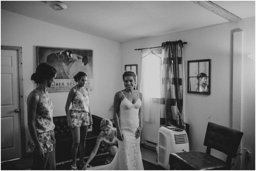london-trace-rein-fire-ranch-wedding-seattle-wedding-photographer-caitlyn-nikula-photography-16.jpg