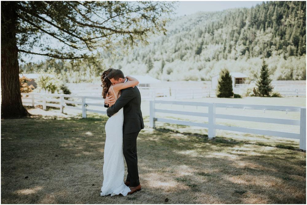 london-trace-rein-fire-ranch-wedding-seattle-wedding-photographer-caitlyn-nikula-photography-26.jpg