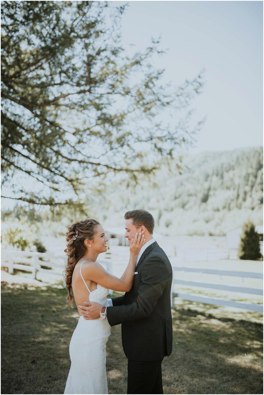 london-trace-rein-fire-ranch-wedding-seattle-wedding-photographer-caitlyn-nikula-photography-28.jpg