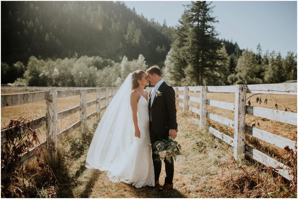 london-trace-rein-fire-ranch-wedding-seattle-wedding-photographer-caitlyn-nikula-photography-71.jpg