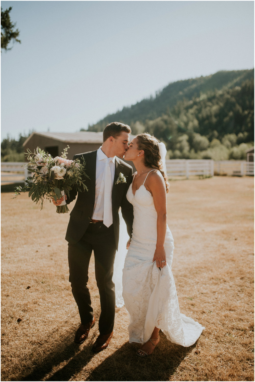 london-trace-rein-fire-ranch-wedding-seattle-wedding-photographer-caitlyn-nikula-photography-78.jpg