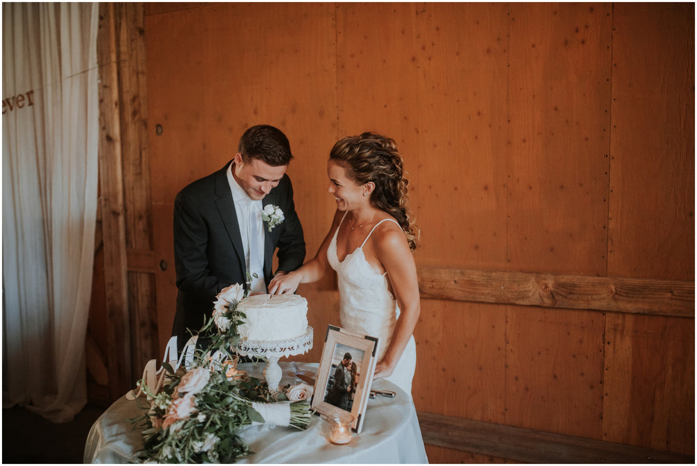 london-trace-rein-fire-ranch-wedding-seattle-wedding-photographer-caitlyn-nikula-photography-91.jpg