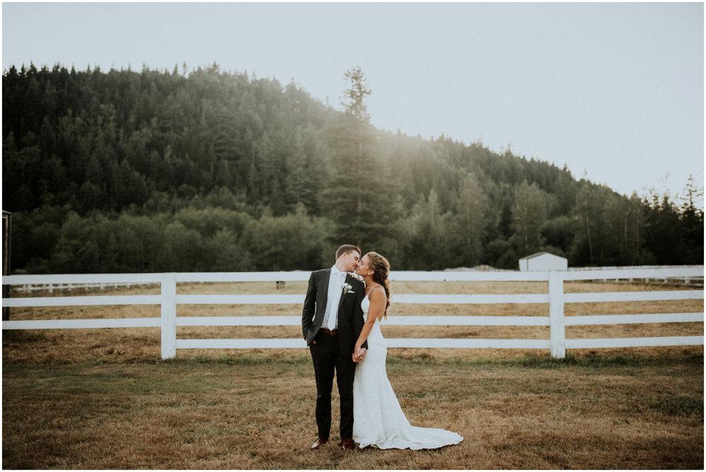 london-trace-rein-fire-ranch-wedding-seattle-wedding-photographer-caitlyn-nikula-photography-94.jpg