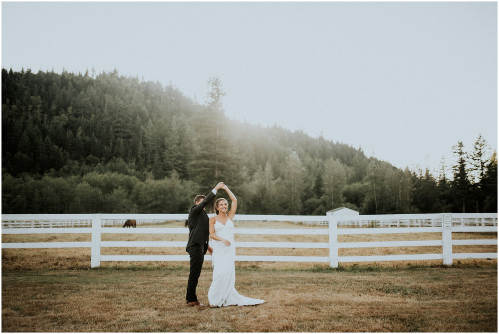 london-trace-rein-fire-ranch-wedding-seattle-wedding-photographer-caitlyn-nikula-photography-99.jpg