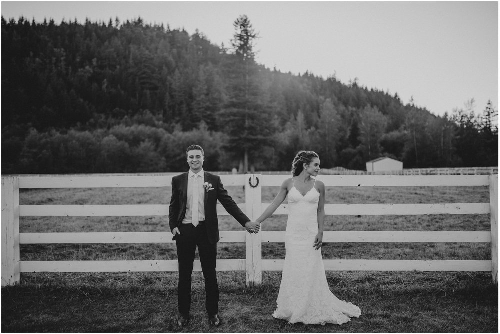 london-trace-rein-fire-ranch-wedding-seattle-wedding-photographer-caitlyn-nikula-photography-103.jpg