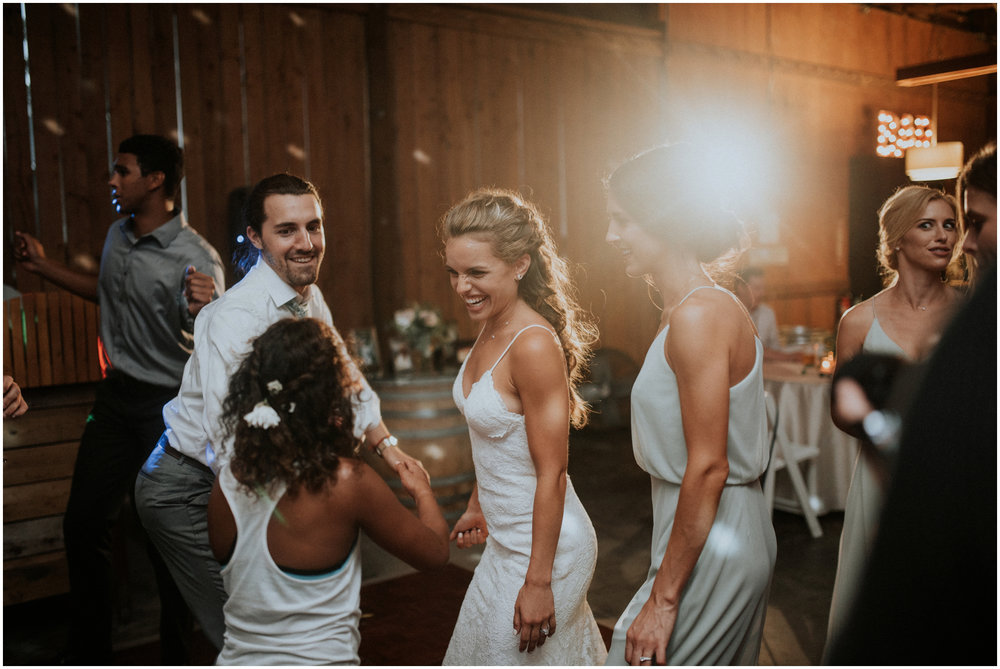 london-trace-rein-fire-ranch-wedding-seattle-wedding-photographer-caitlyn-nikula-photography-136.jpg