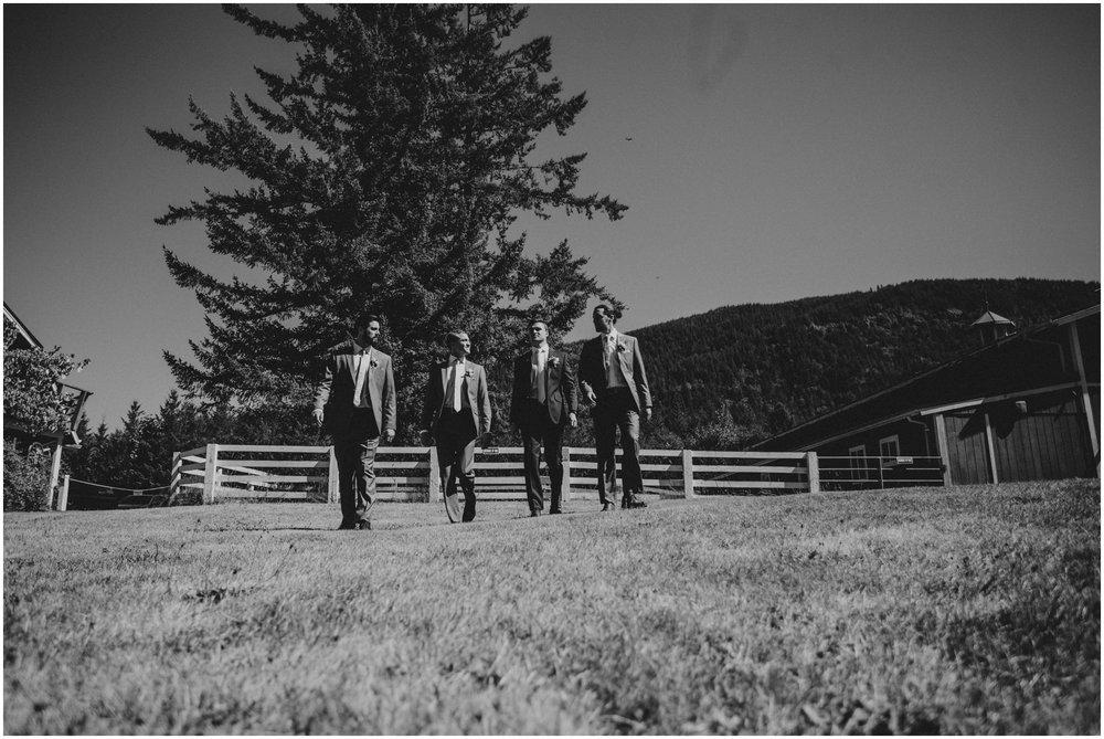 london-trace-rein-fire-ranch-wedding-seattle-wedding-photographer-caitlyn-nikula-photography-186.jpg