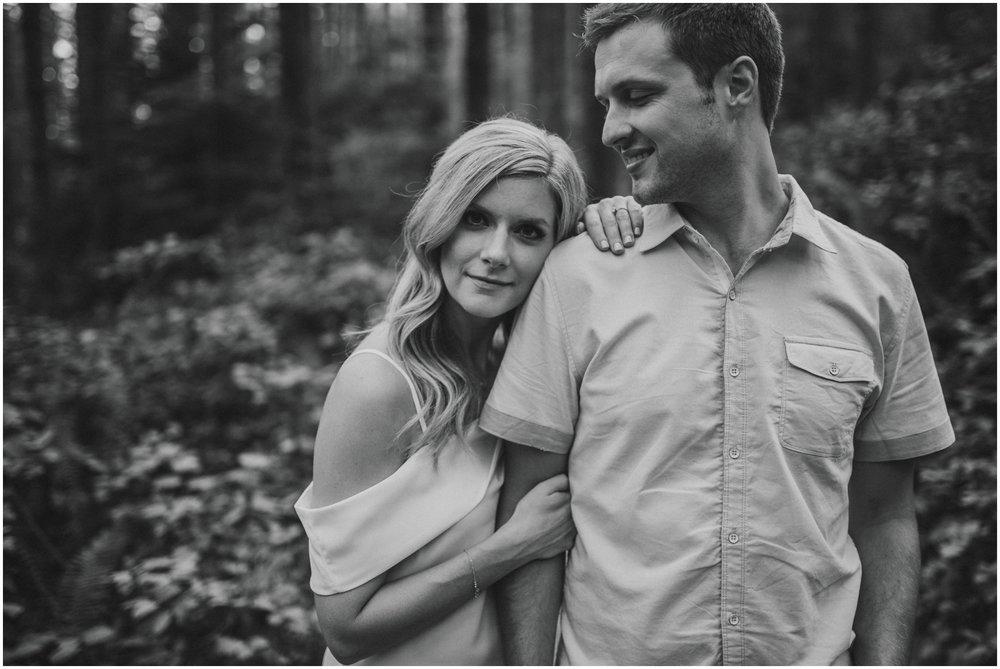 alicia-and-andy-rattlesnake-lake-engagement-session-seattle-wedding-photographer-caitlyn-nikula-006.jpg