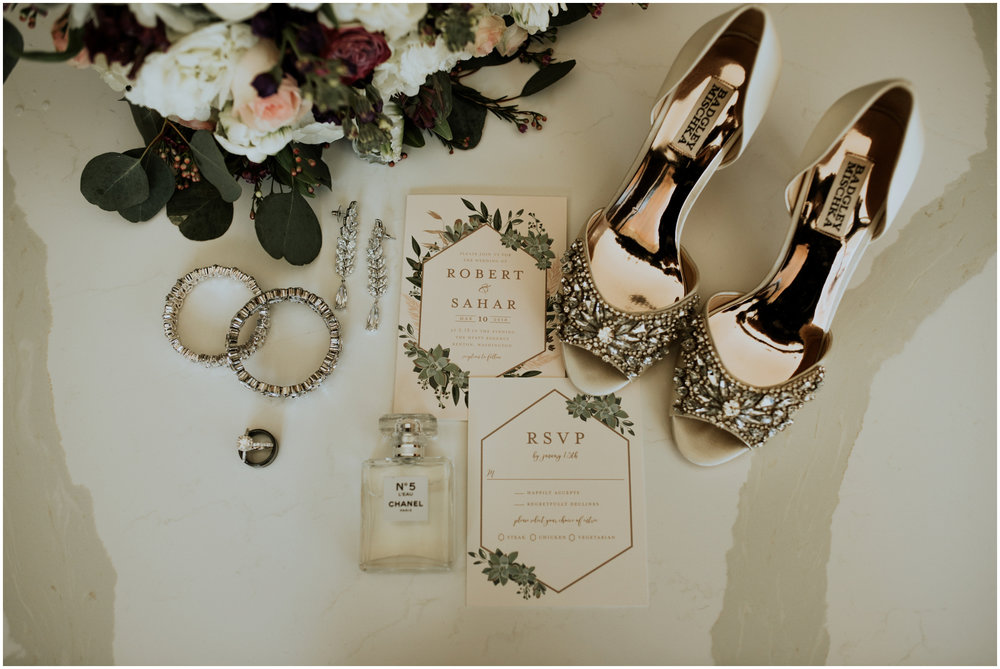 sahar-and-robert-hyatt-regency-lake-washington-wedding-photographer-caitlyn-nikula-004.jpg