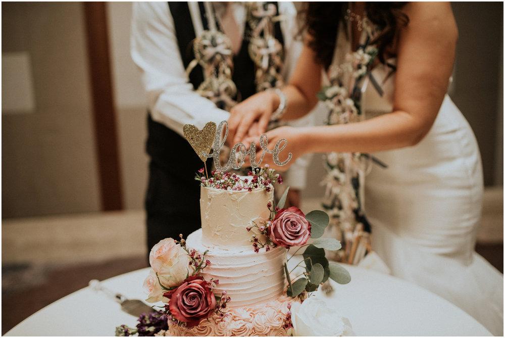 sahar-and-robert-hyatt-regency-lake-washington-wedding-photographer-caitlyn-nikula-146.jpg