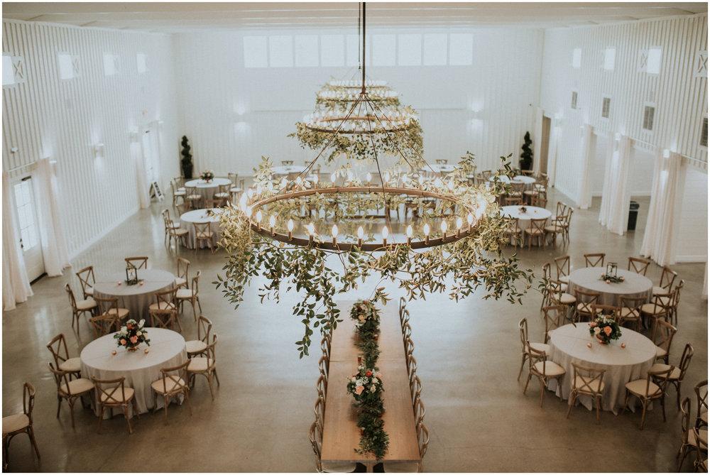 the-farmhouse-wedding-montgomery-texas-erin-nathan-houston-wedding-photographer-caitlyn-nikula-024.jpg