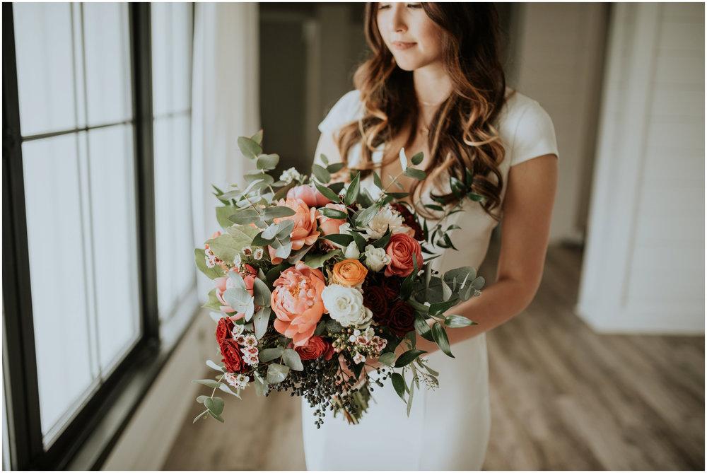 the-farmhouse-wedding-montgomery-texas-erin-nathan-houston-wedding-photographer-caitlyn-nikula-039.jpg