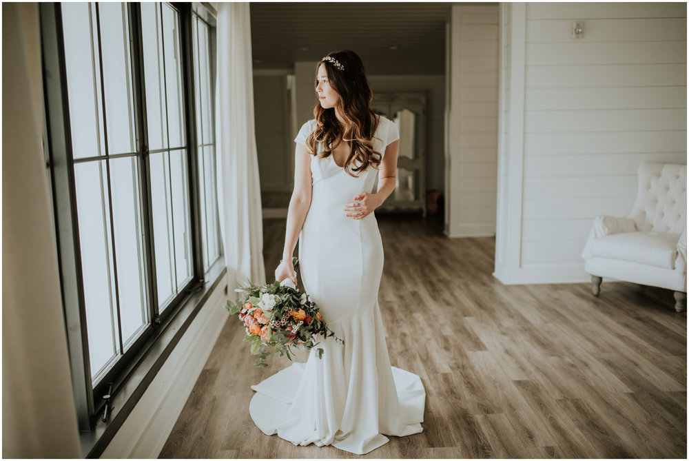 the-farmhouse-wedding-montgomery-texas-erin-nathan-houston-wedding-photographer-caitlyn-nikula-040.jpg