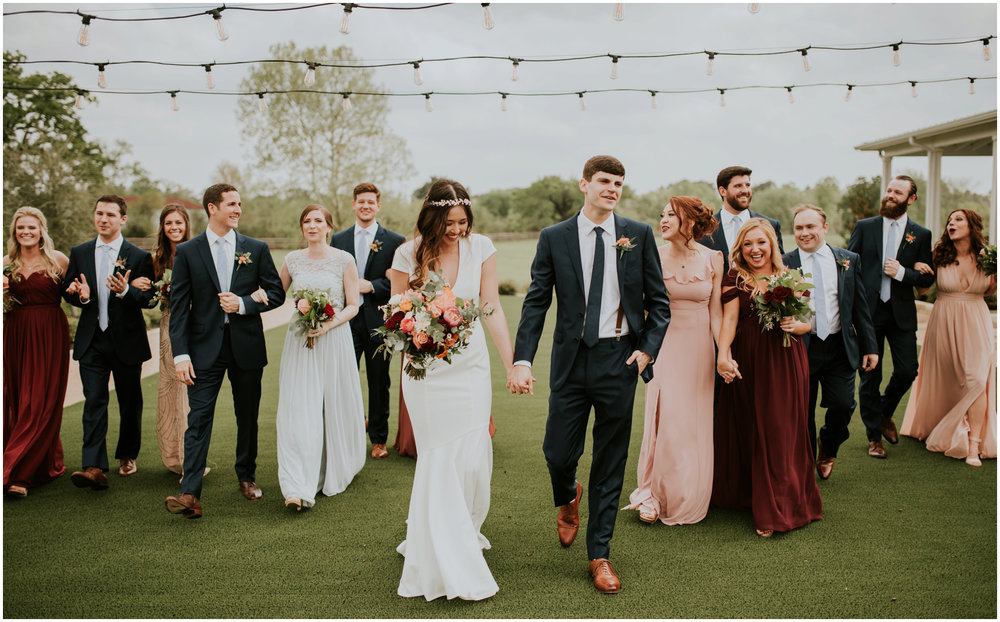 the-farmhouse-wedding-montgomery-texas-erin-nathan-houston-wedding-photographer-caitlyn-nikula-076.jpg