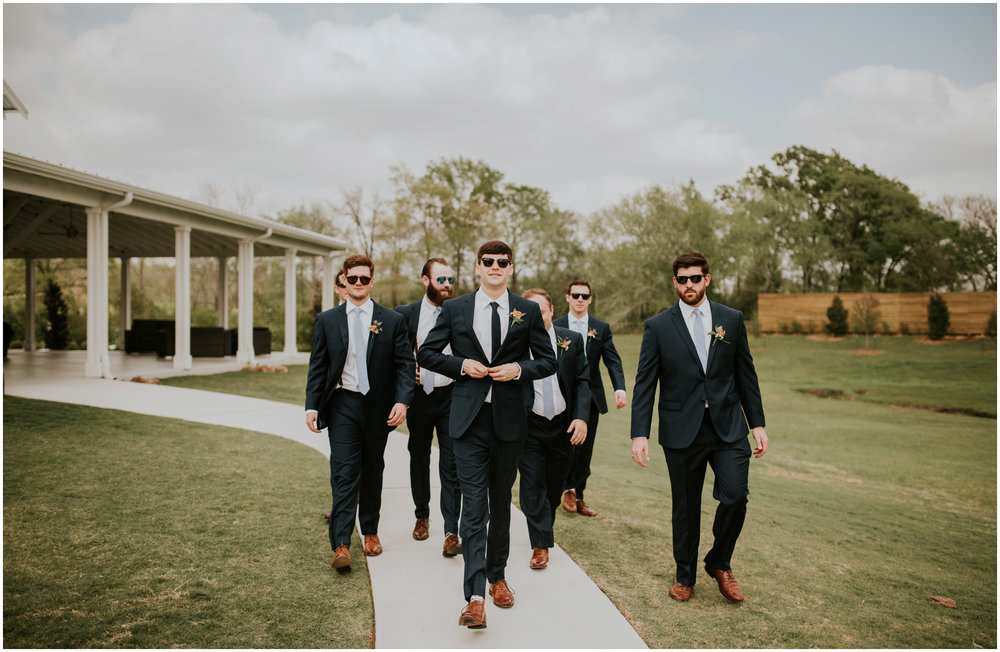 the-farmhouse-wedding-montgomery-texas-erin-nathan-houston-wedding-photographer-caitlyn-nikula-077.jpg