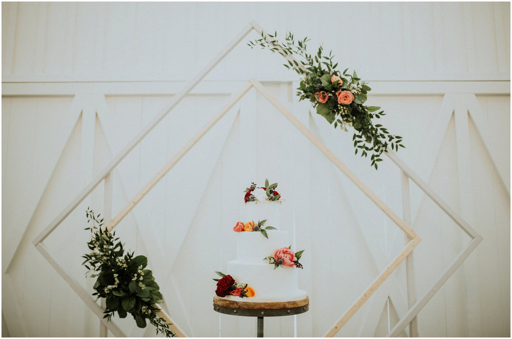 the-farmhouse-wedding-montgomery-texas-erin-nathan-houston-wedding-photographer-caitlyn-nikula-084.jpg
