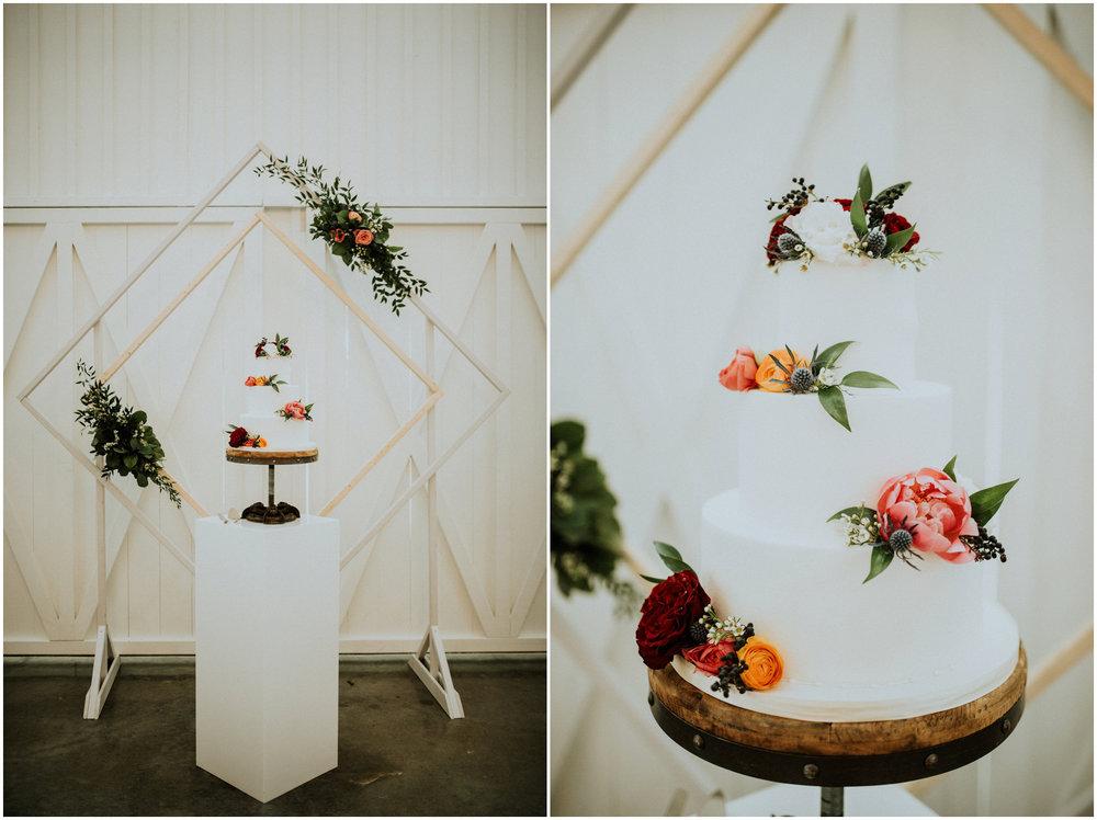 the-farmhouse-wedding-montgomery-texas-erin-nathan-houston-wedding-photographer-caitlyn-nikula-083.jpg