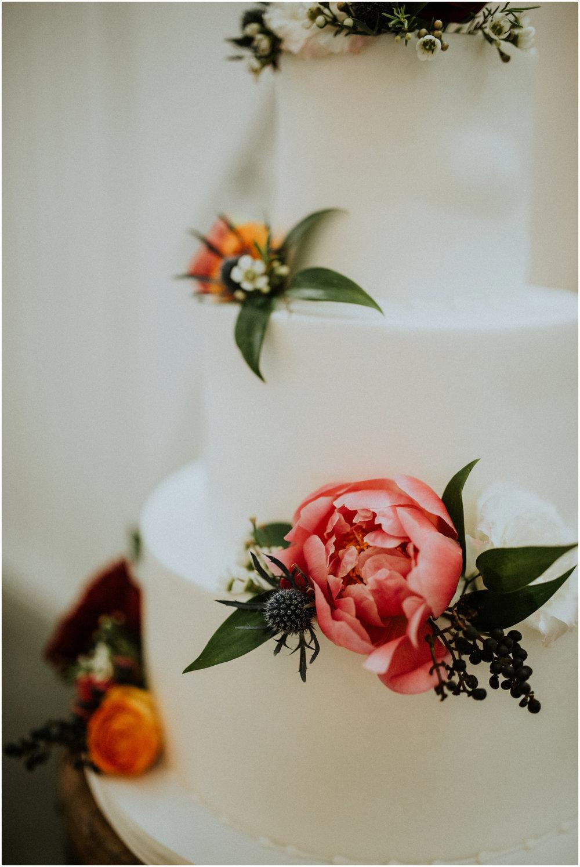 the-farmhouse-wedding-montgomery-texas-erin-nathan-houston-wedding-photographer-caitlyn-nikula-085.jpg
