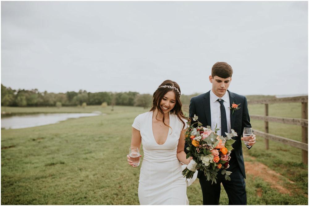 the-farmhouse-wedding-montgomery-texas-erin-nathan-houston-wedding-photographer-caitlyn-nikula-091.jpg