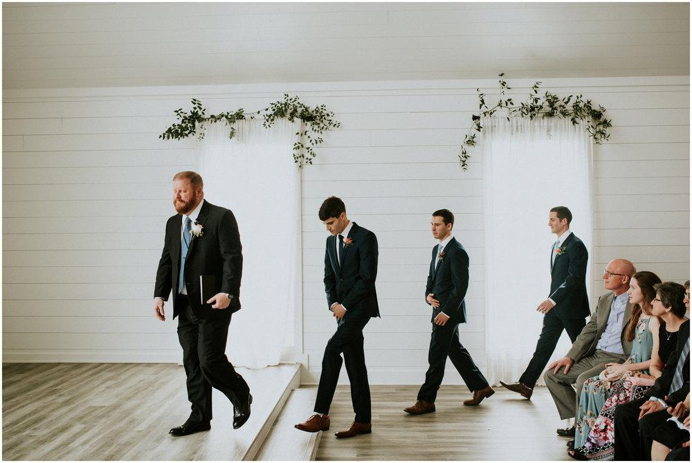 the-farmhouse-wedding-montgomery-texas-erin-nathan-houston-wedding-photographer-caitlyn-nikula-092.jpg