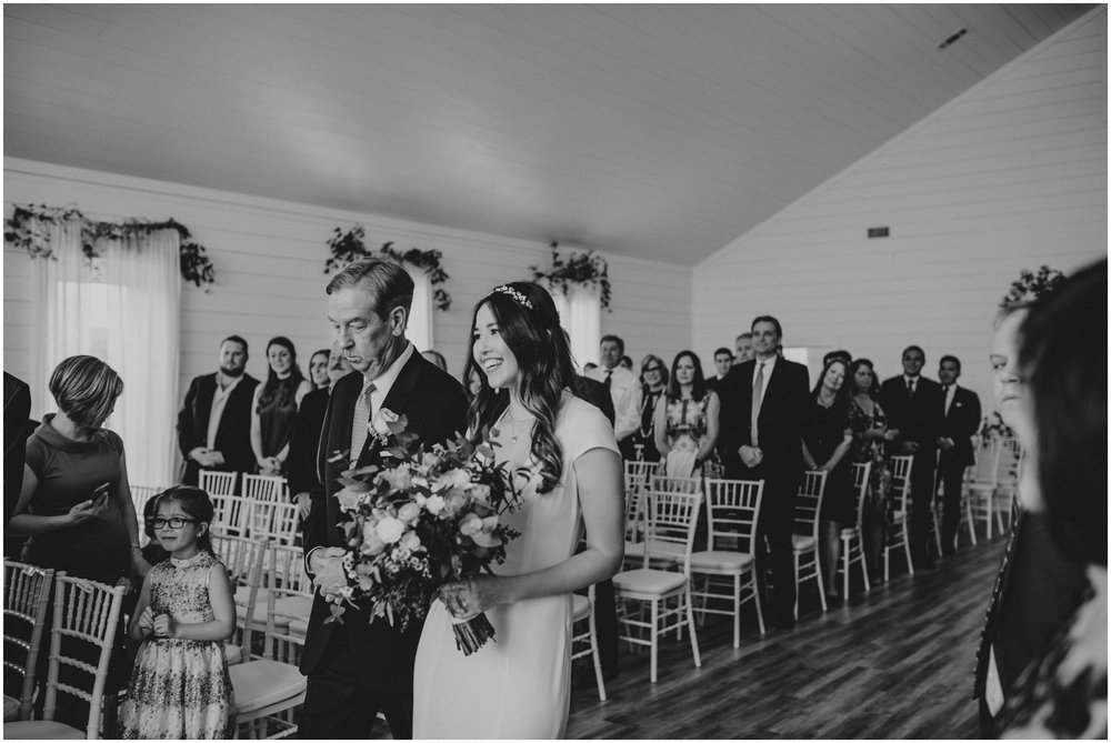 the-farmhouse-wedding-montgomery-texas-erin-nathan-houston-wedding-photographer-caitlyn-nikula-097.jpg