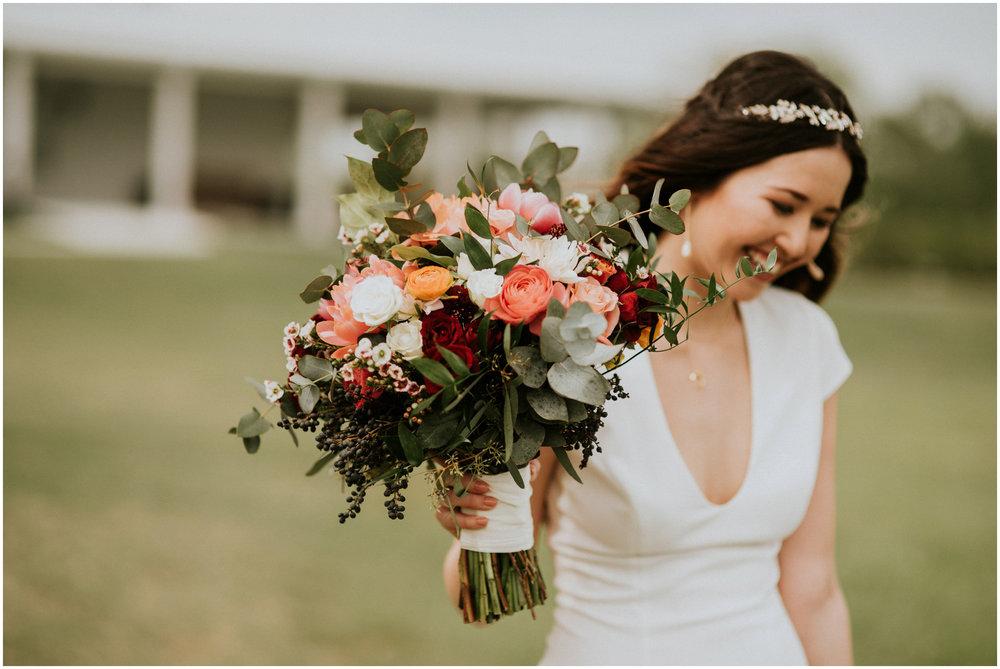 the-farmhouse-wedding-montgomery-texas-erin-nathan-houston-wedding-photographer-caitlyn-nikula-109.jpg