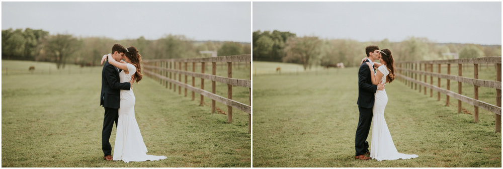 the-farmhouse-wedding-montgomery-texas-erin-nathan-houston-wedding-photographer-caitlyn-nikula-116.jpg