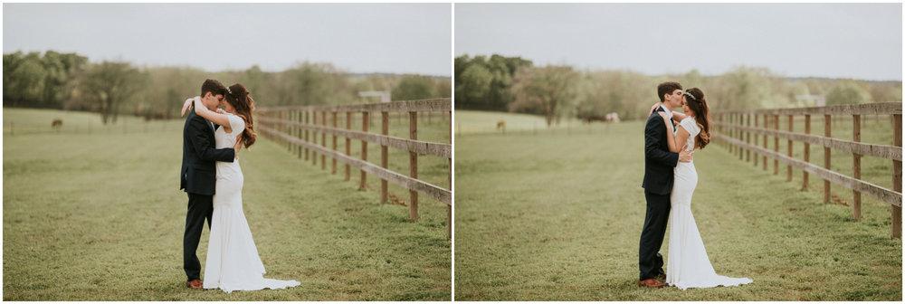the-farmhouse-wedding-montgomery-texas-erin-nathan-houston-wedding-photographer-caitlyn-nikula-116.jpg