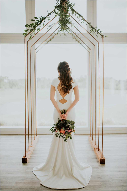 the-farmhouse-wedding-montgomery-texas-erin-nathan-houston-wedding-photographer-caitlyn-nikula-132.jpg