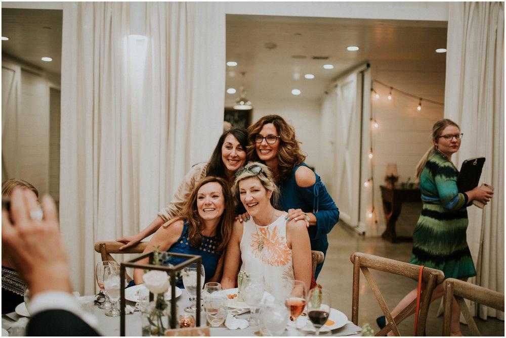 the-farmhouse-wedding-montgomery-texas-erin-nathan-houston-wedding-photographer-caitlyn-nikula-137.jpg