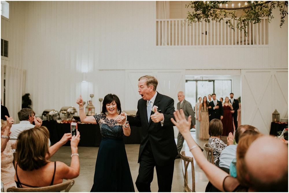 the-farmhouse-wedding-montgomery-texas-erin-nathan-houston-wedding-photographer-caitlyn-nikula-138.jpg