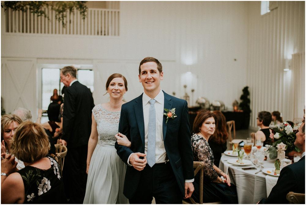 the-farmhouse-wedding-montgomery-texas-erin-nathan-houston-wedding-photographer-caitlyn-nikula-139.jpg