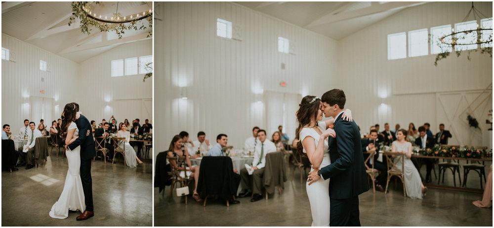 the-farmhouse-wedding-montgomery-texas-erin-nathan-houston-wedding-photographer-caitlyn-nikula-145.jpg
