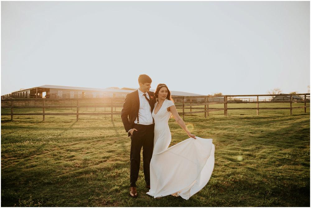 the-farmhouse-wedding-montgomery-texas-erin-nathan-houston-wedding-photographer-caitlyn-nikula-168.jpg