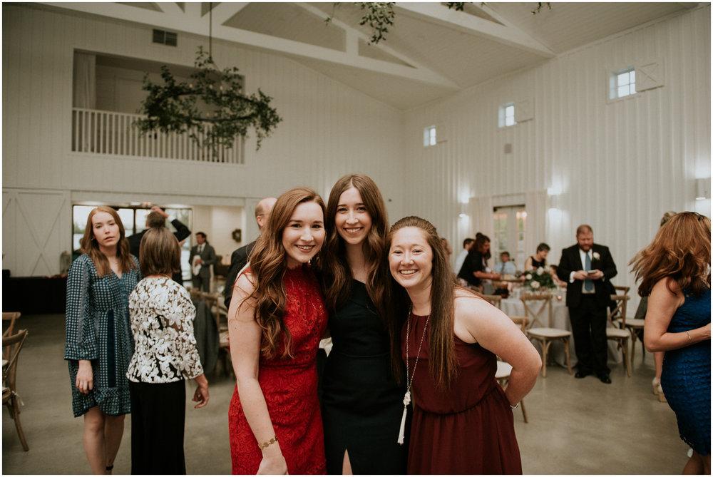 the-farmhouse-wedding-montgomery-texas-erin-nathan-houston-wedding-photographer-caitlyn-nikula-177.jpg