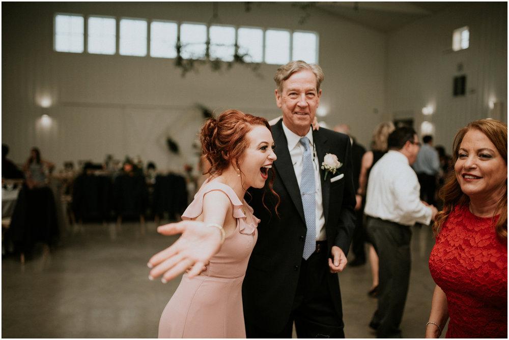 the-farmhouse-wedding-montgomery-texas-erin-nathan-houston-wedding-photographer-caitlyn-nikula-179.jpg