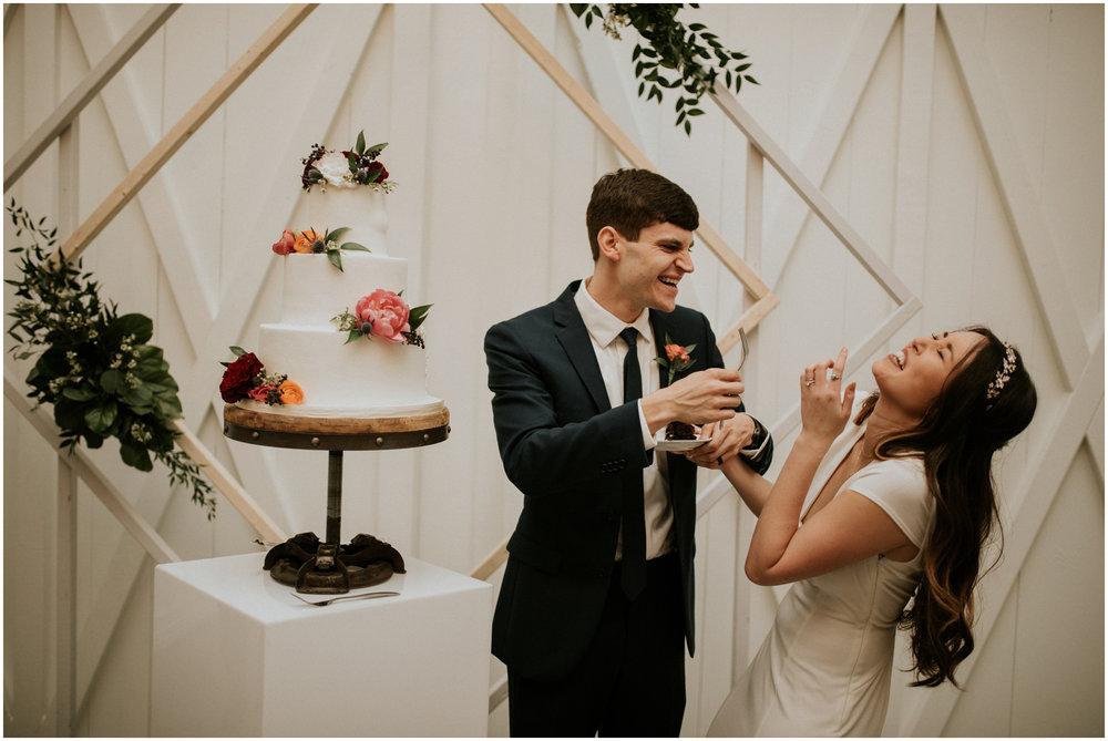 the-farmhouse-wedding-montgomery-texas-erin-nathan-houston-wedding-photographer-caitlyn-nikula-186.jpg