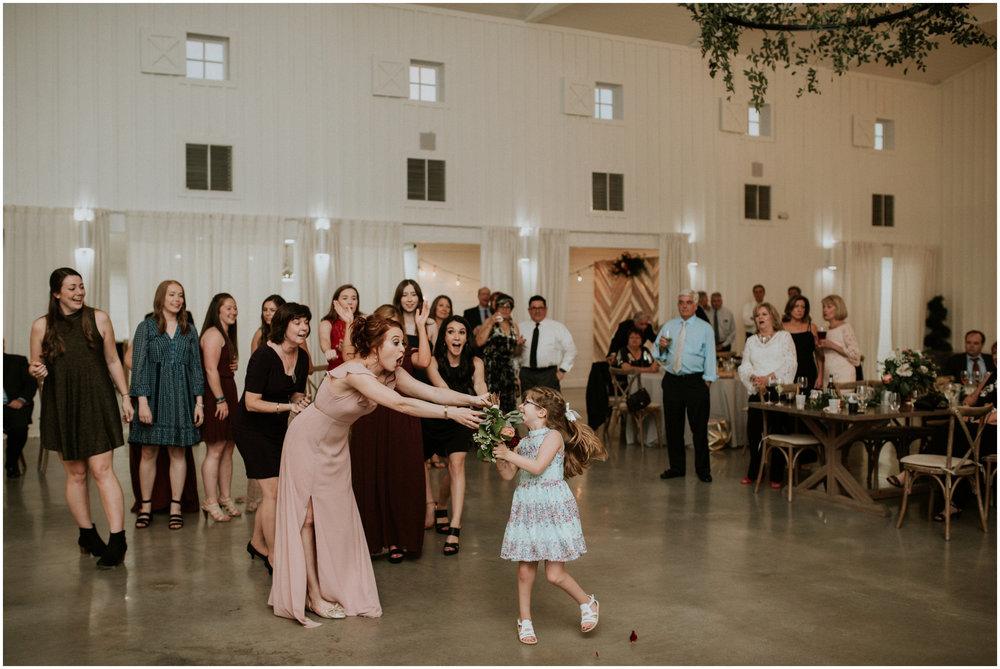the-farmhouse-wedding-montgomery-texas-erin-nathan-houston-wedding-photographer-caitlyn-nikula-189.jpg