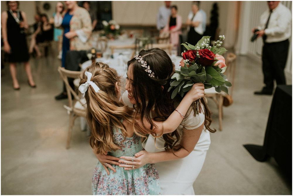 the-farmhouse-wedding-montgomery-texas-erin-nathan-houston-wedding-photographer-caitlyn-nikula-190.jpg
