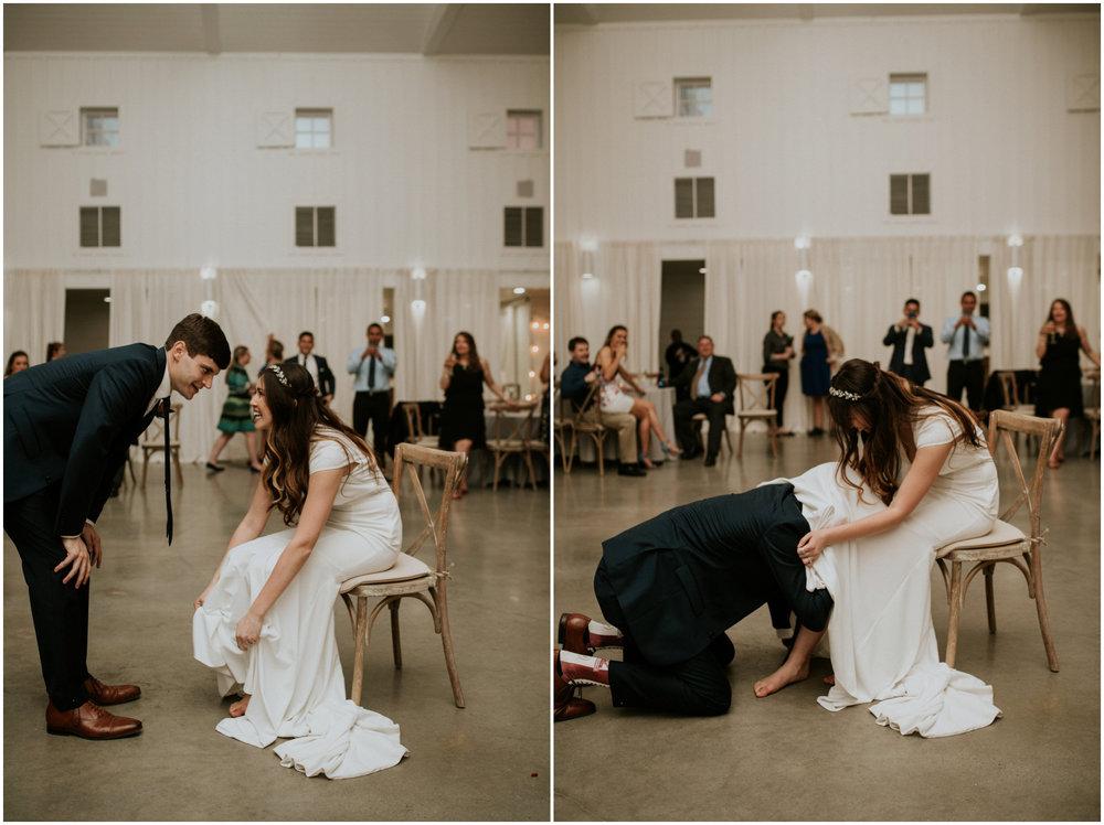 the-farmhouse-wedding-montgomery-texas-erin-nathan-houston-wedding-photographer-caitlyn-nikula-191.jpg
