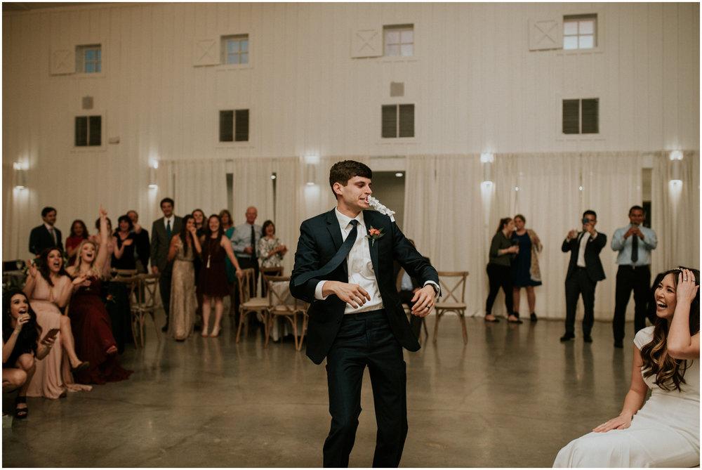 the-farmhouse-wedding-montgomery-texas-erin-nathan-houston-wedding-photographer-caitlyn-nikula-192.jpg