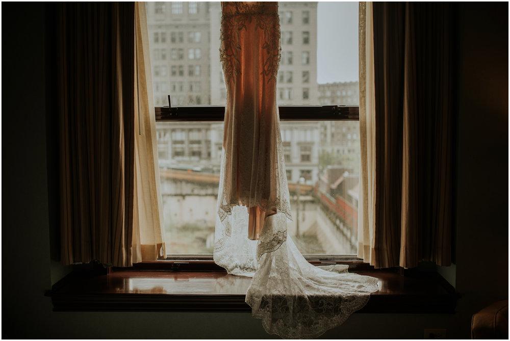 arctic-club-seattle-wedding-terri-and-steve-photographer-caitlyn-nikula-001.jpg