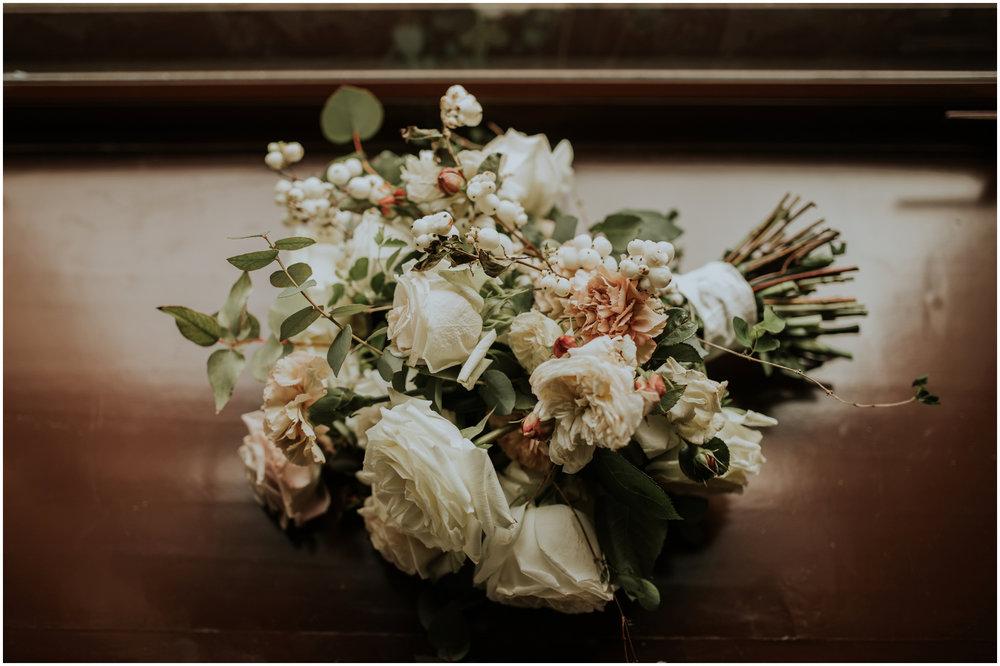 arctic-club-seattle-wedding-terri-and-steve-photographer-caitlyn-nikula-018.jpg