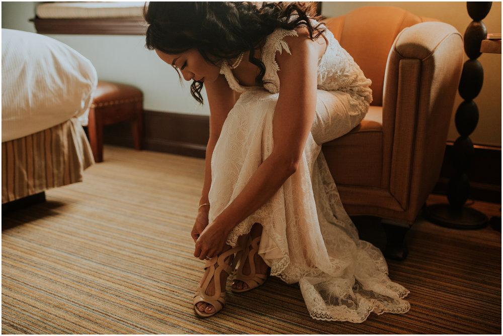 arctic-club-seattle-wedding-terri-and-steve-photographer-caitlyn-nikula-025.jpg