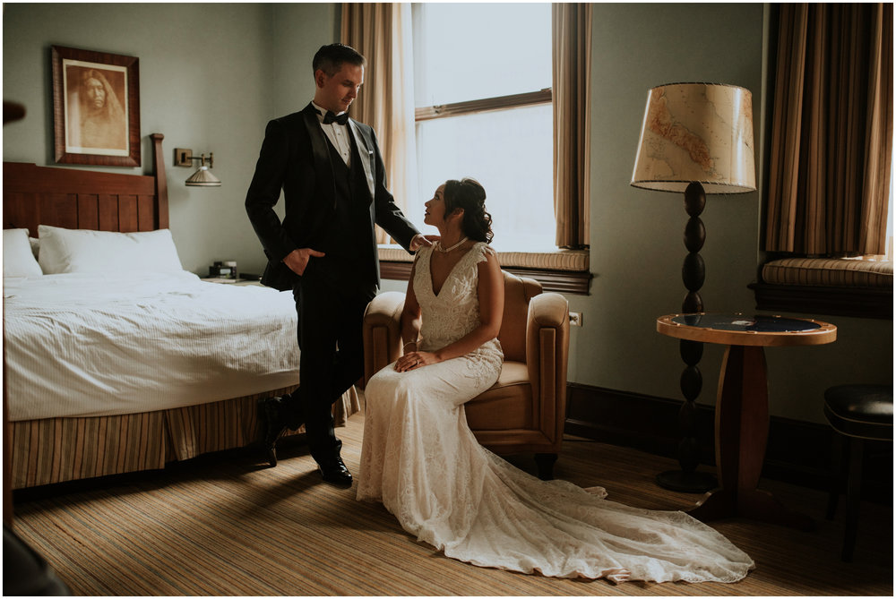arctic-club-seattle-wedding-terri-and-steve-photographer-caitlyn-nikula-078.jpg