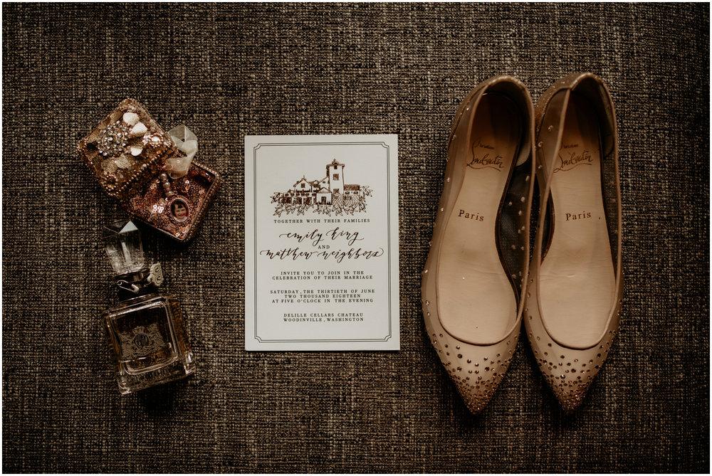 emily-matthew-delille-cellars-venue-seattle-wedding-photographer-001.jpg